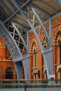 St. Pancras Station: beautifully crafted steel braces.
