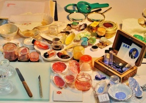Collection of mineral pigments